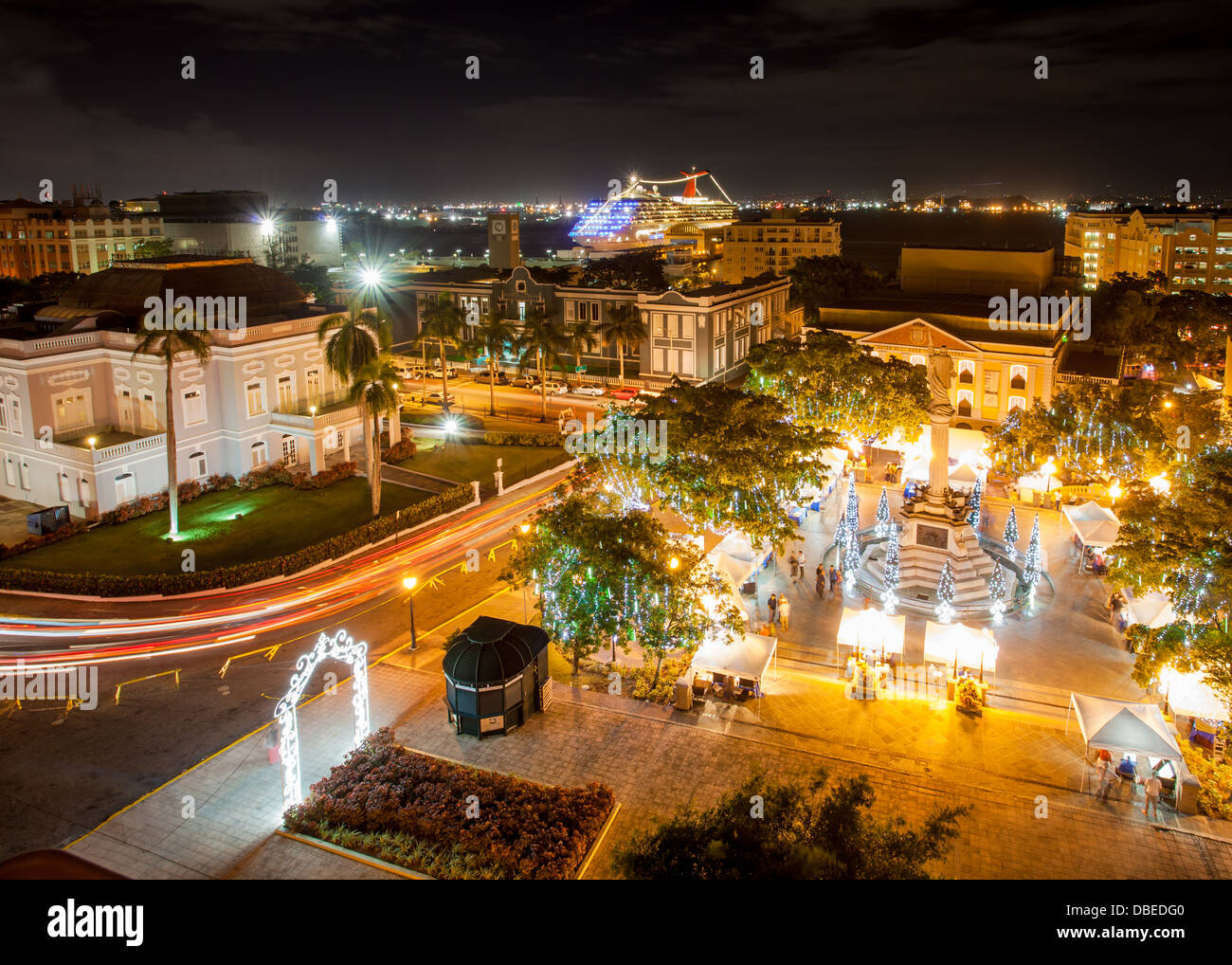 Night view of Plaza Colon and Old San Juan, Puerto Rico ...