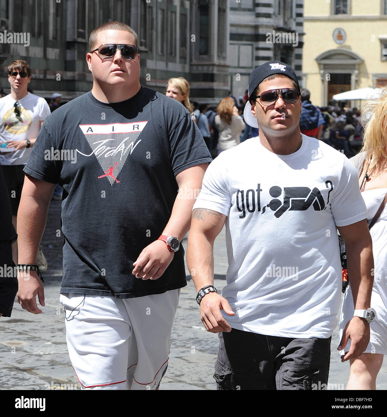 Ronnie Ortiz-Magro Jersey Shore cast member takes a friend who has ...