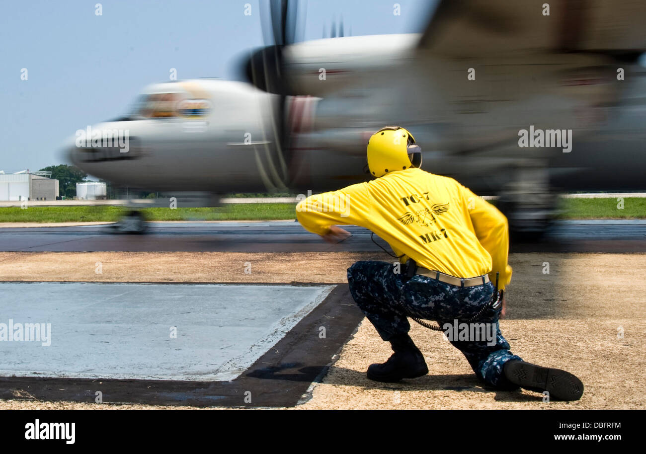 E-2D Hawkeye from the Pioneers of Air Test and Evaluation Squadron (VX) 1 on the flight line. - Stock Image