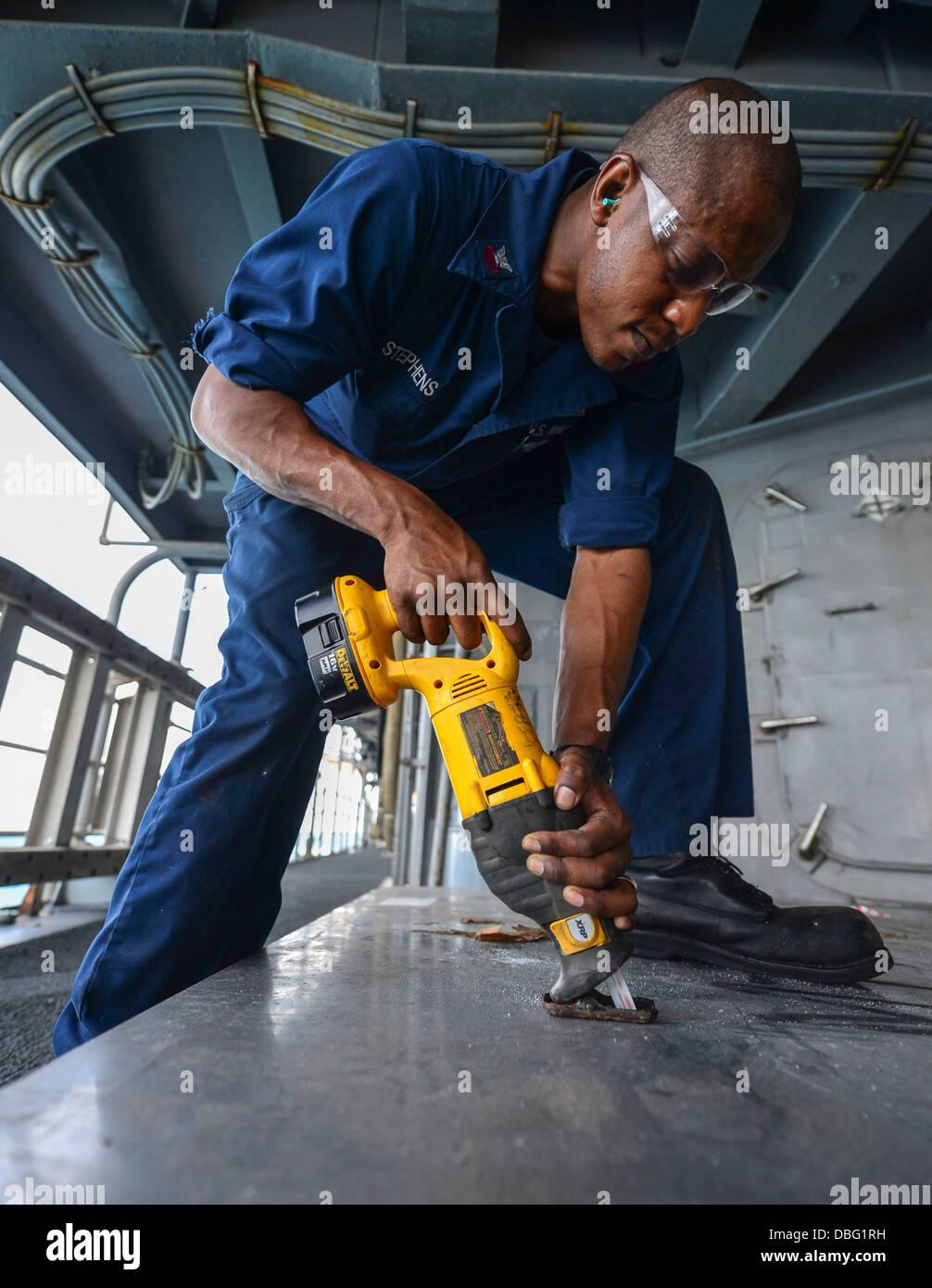 U S Navy Hull Maintenance Technician 1st Class Matthew