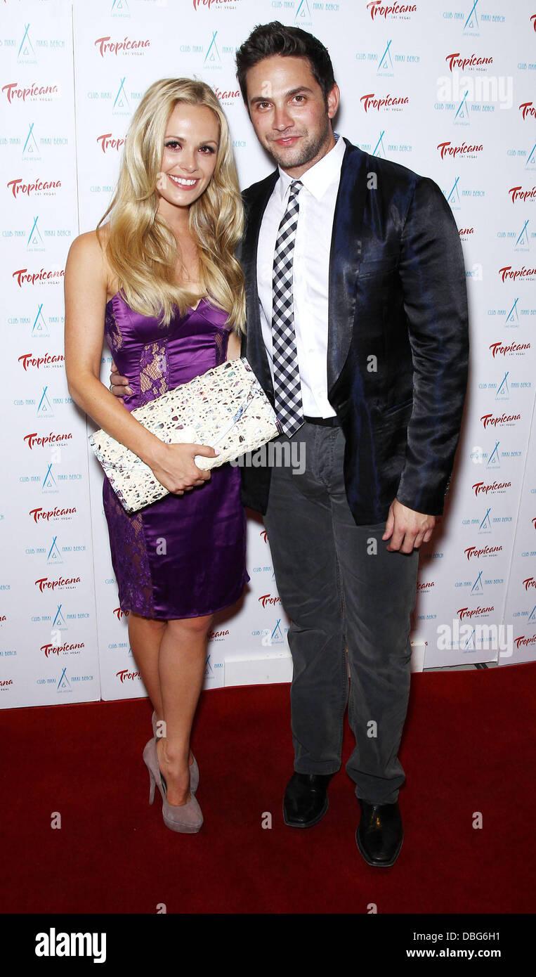 Natalie Hall och Brandon Barash dating