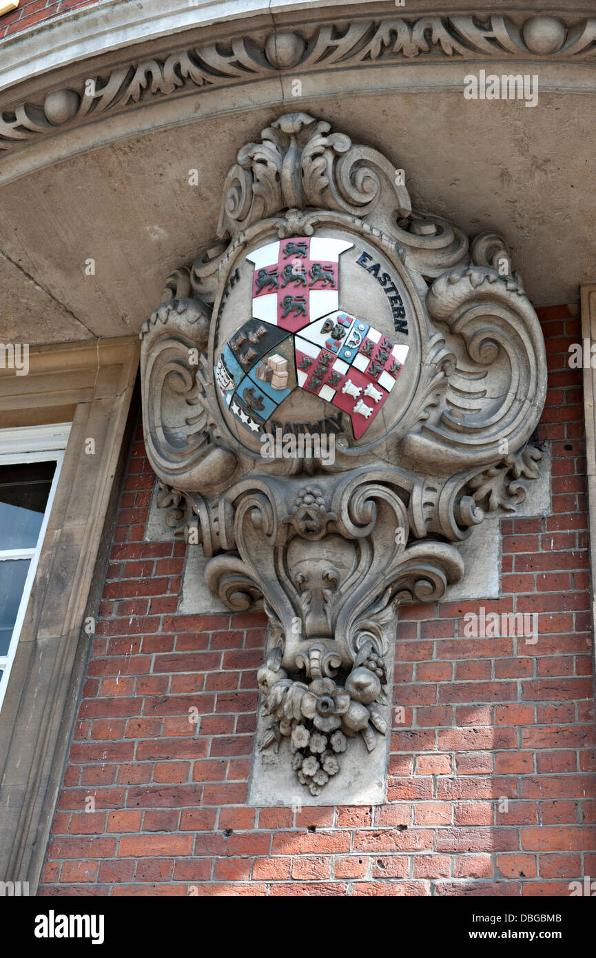 The crest of the North Eastern Railway outside it's former headquarters, now the Cedar Court Grand Hotel in - Stock Image