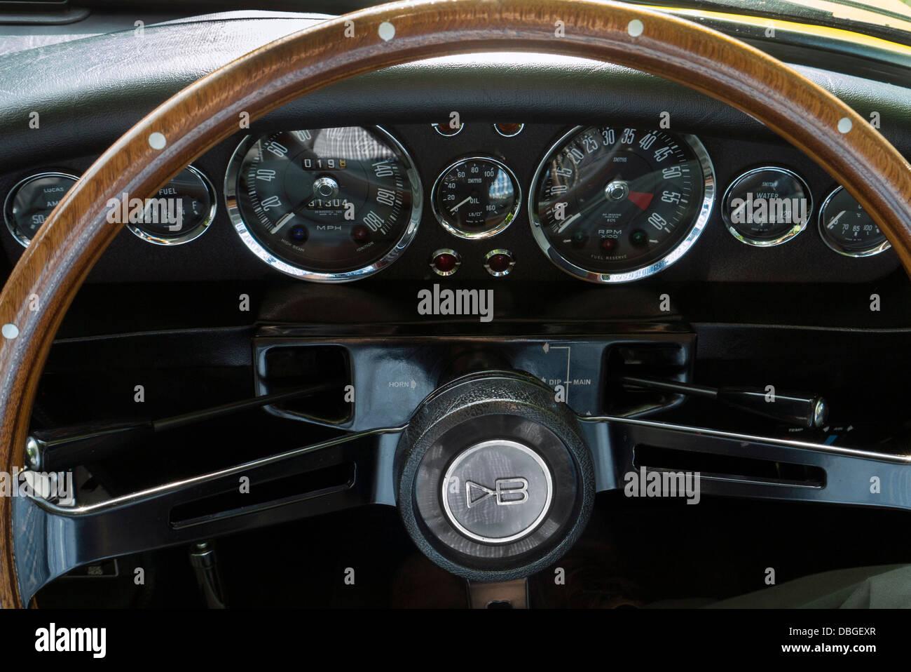 1970 Aston Martin DBS dashboard and steering wheel - Stock Image