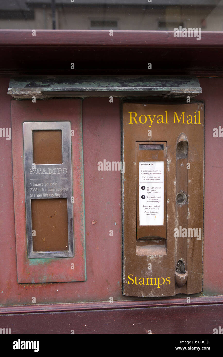 UK, Wales, Ceredigion, Aberystwyth, Great Darkgate Street, Post Office old stamp dispensing machines - Stock Image