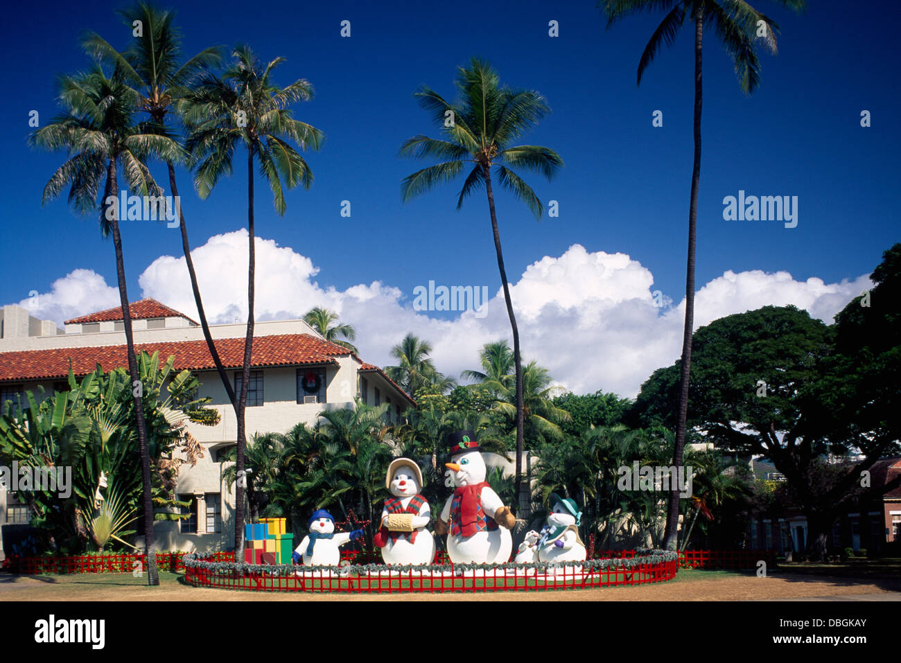 Christmas In Hawaii Decorations.Hawaii Christmas Snowman Family Figures And Decorations