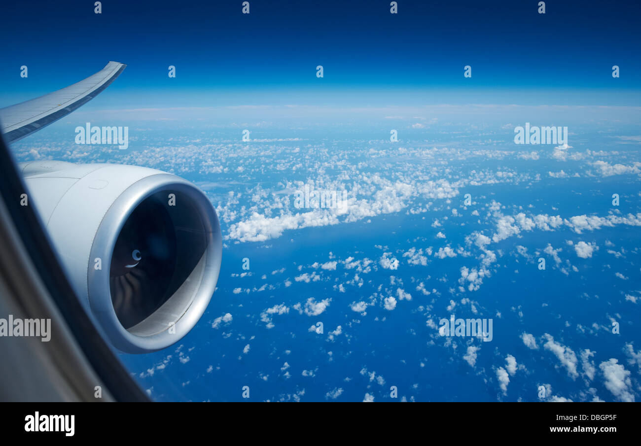 Looking out the window of an aeroplane - Stock Image