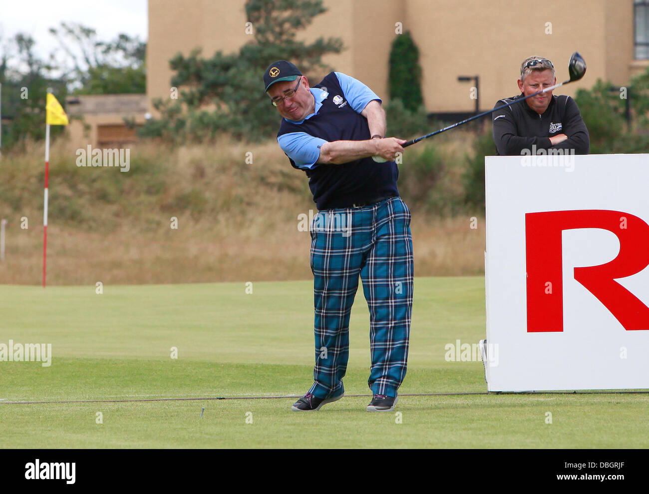St Andrews, UK. 30th July, 2013. Catriona Matthew plays alongside Scotland's First Minister Alex Salmond in the Stock Photo