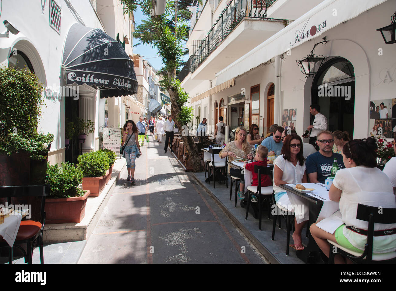 A cafe street scene on the island of capri, Italy. - Stock Image