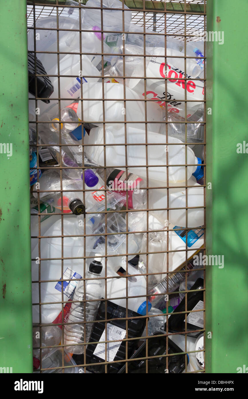 Recycling Cage Stock Photos Amp Recycling Cage Stock Images