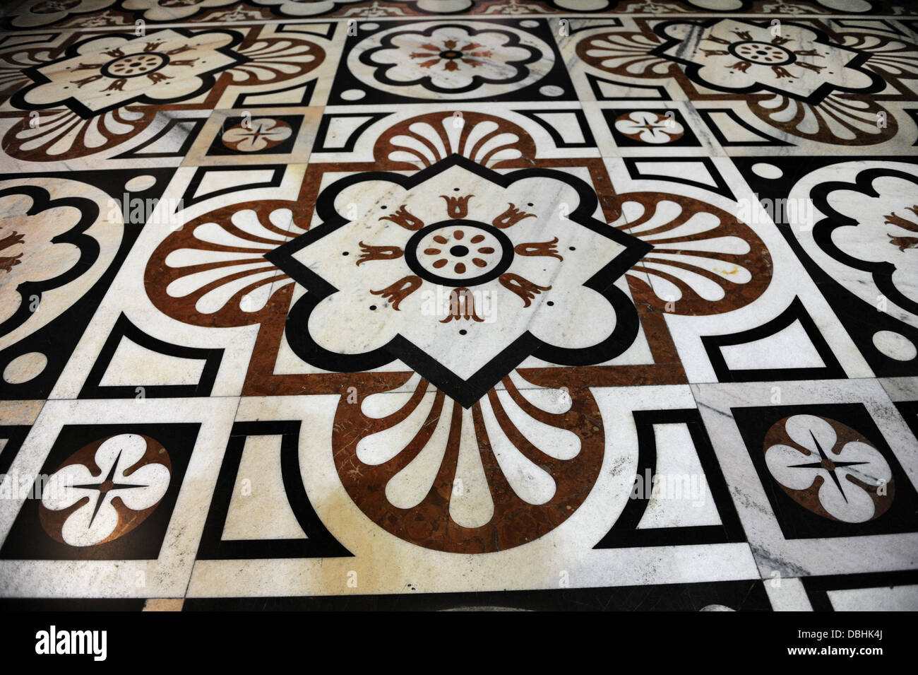 Italy. Milan. Cathedral. Polychrome marble from Candoglia, decorating the pavement inside the temple. Work of Pellegrino - Stock Image