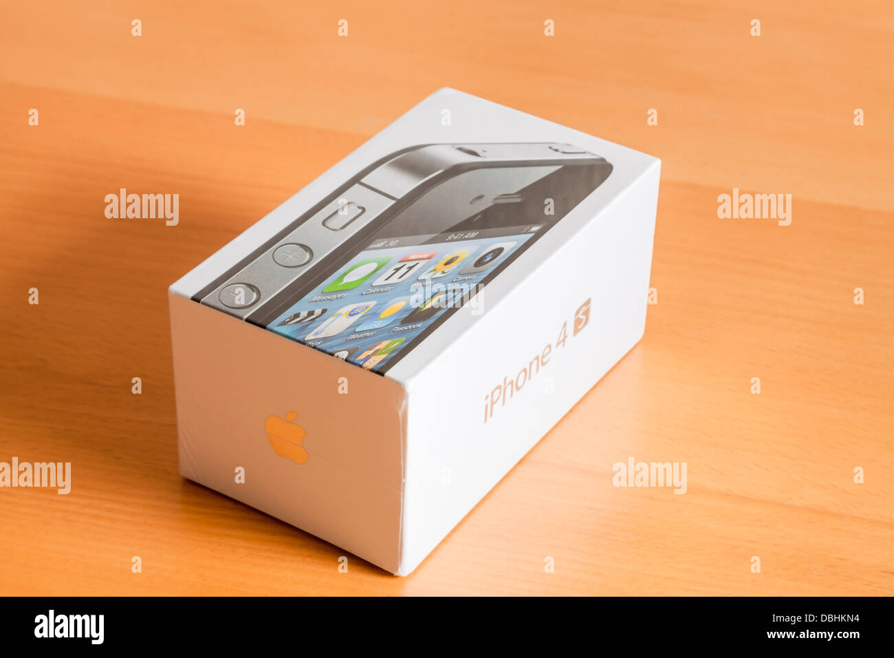 Unopened new iPhone 4s - Stock Image