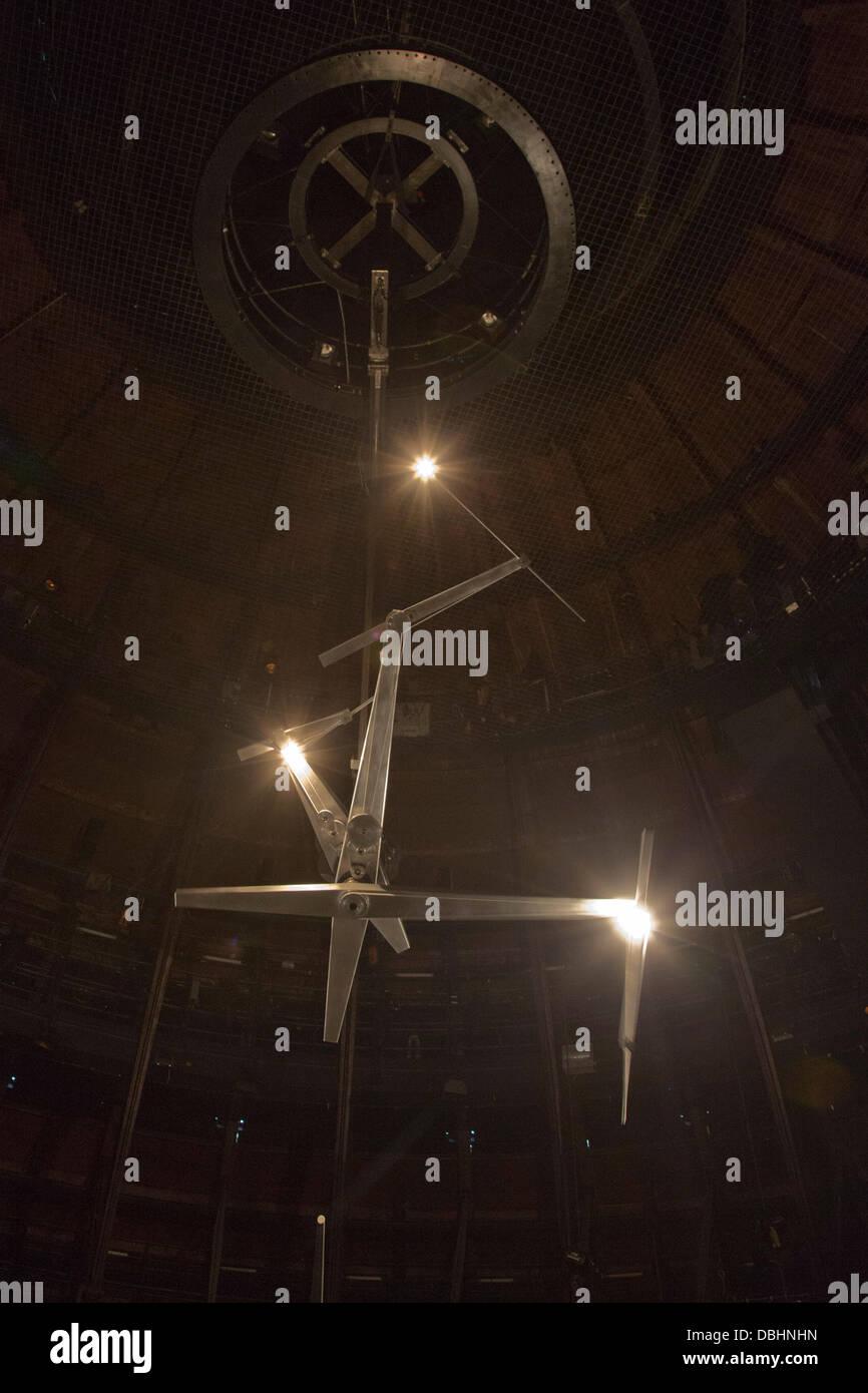 London, UK. 31st July, 2013. 'Timepiece', a timekeeping device by leading British artist Conrad Shawcross - Stock Image
