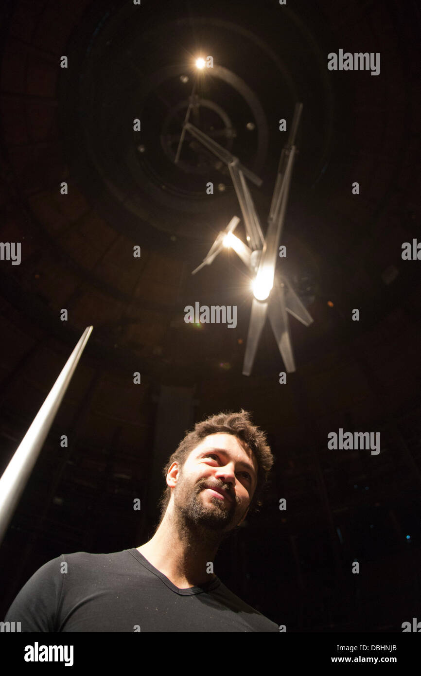 London, UK. 31st July, 2013. Pictured: Conrad Shawcross. 'Timepiece', a timekeeping device by leading British - Stock Image