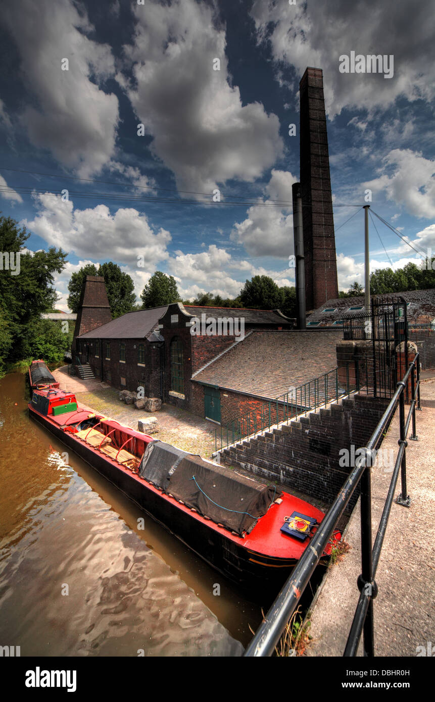 Etruria Industrial Museum is the last steam-powered potters' mill in Britain. The mill is in steam several times - Stock Image