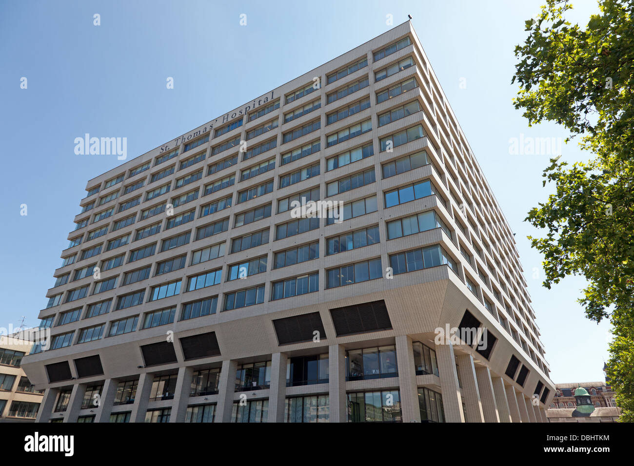 View of St Thomas' Hospital, Lambeth, London. - Stock Image