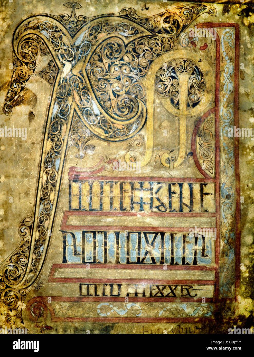 The Lichfield Gospels 720-30 AD  Chi Rho  page 5 Stock Photo