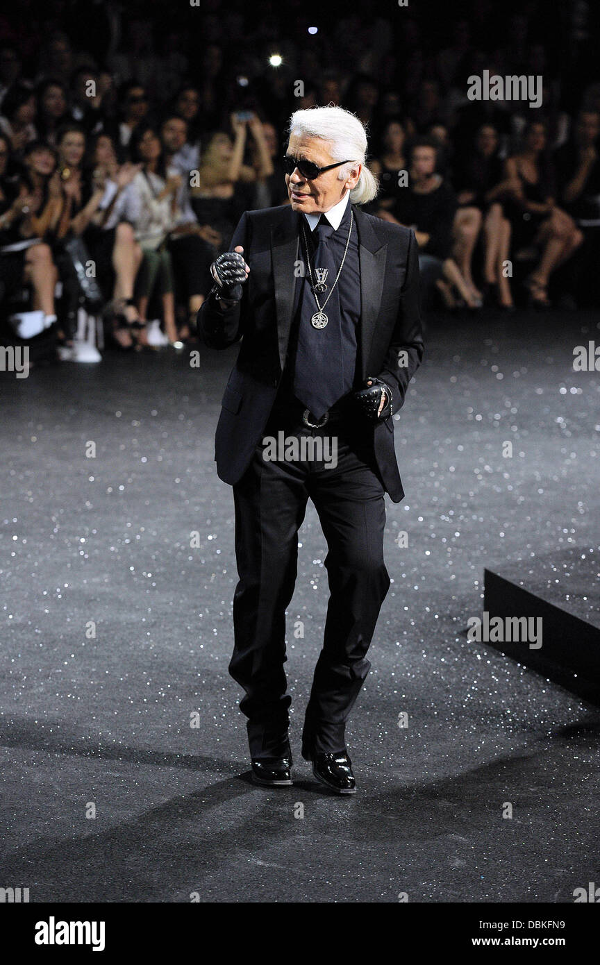 Karl Lagerfeld Paris Fashion Week Creations By German Designer Stock Photo Alamy