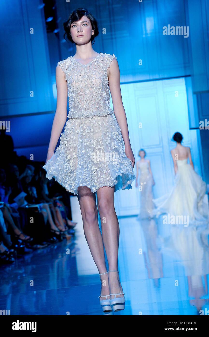 Model Paris Fashion Week - Haute Couture