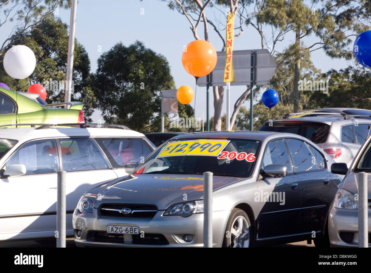 Used Car Lot Stock Photos & Used Car Lot Stock Images - Alamy
