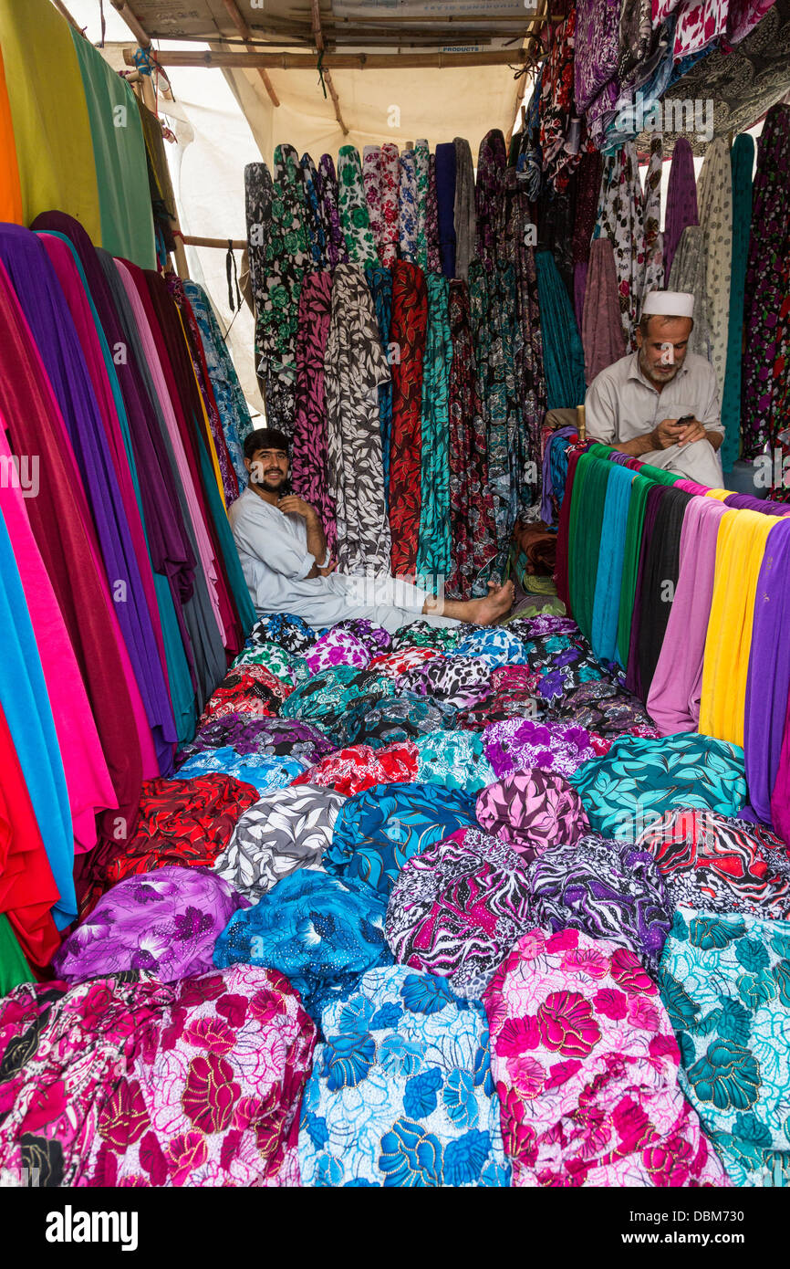 cloth sellers, bazaar, Kabul, Afghanistan - Stock Image
