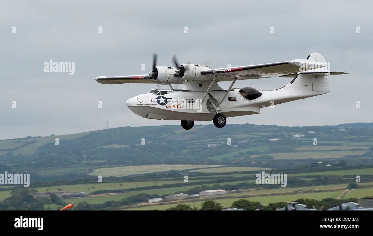 Catalina Flying Boat in flight for air display (c) Bob Sharples/Alamy - Stock Image