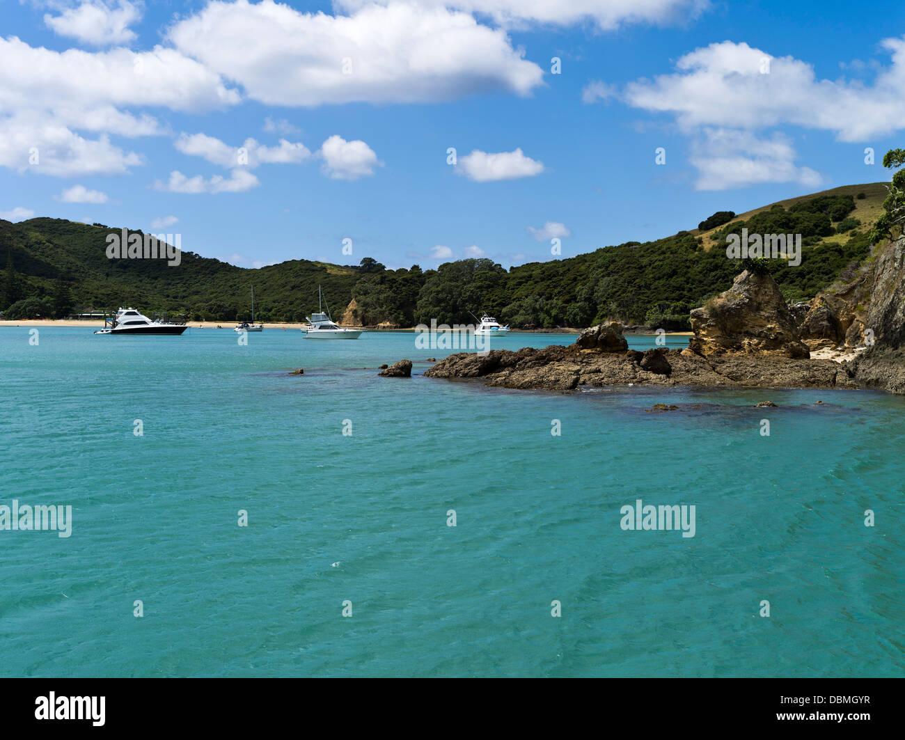 dh Urupukapuka Island BAY OF ISLANDS NEW ZEALAND Yachts at anchor Island Otaio bay Indico Bay - Stock Image