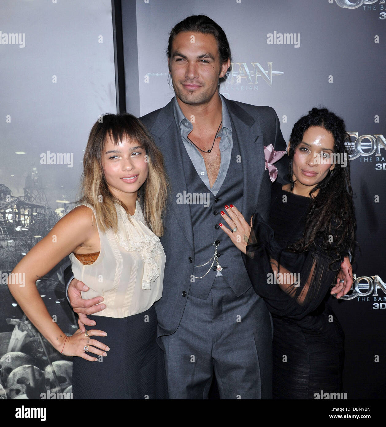 Zoe Kravitz Jason Momoa And Lisa Bonet The La Premiere Of