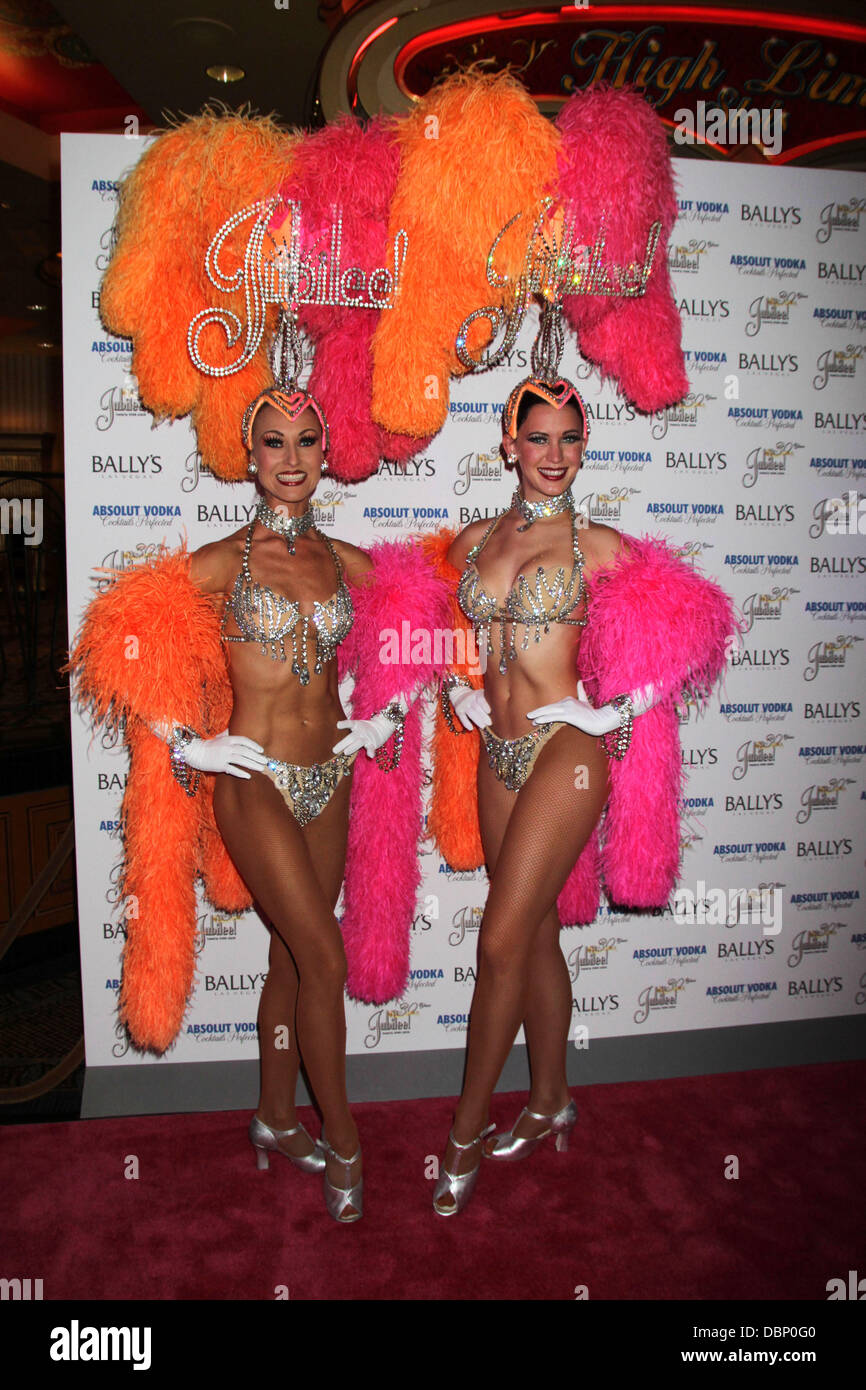Las vegas showgirls with abs, japanese girls small boobs