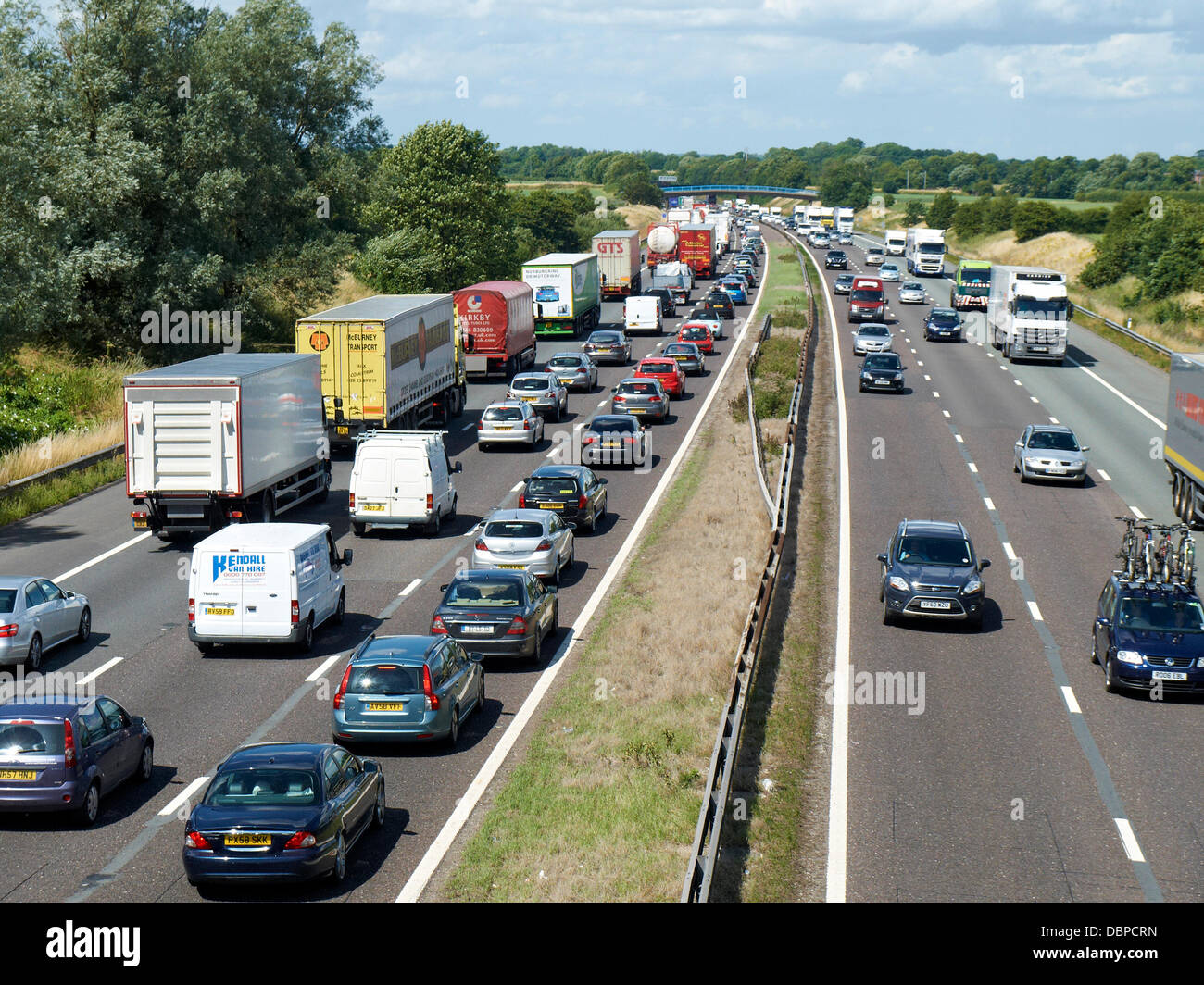 Sandbach, Cheshire, UK . 02nd Aug, 2013. 14.00 PM, Heavy traffic getaway madness on the M6 motorway looking north - Stock Image