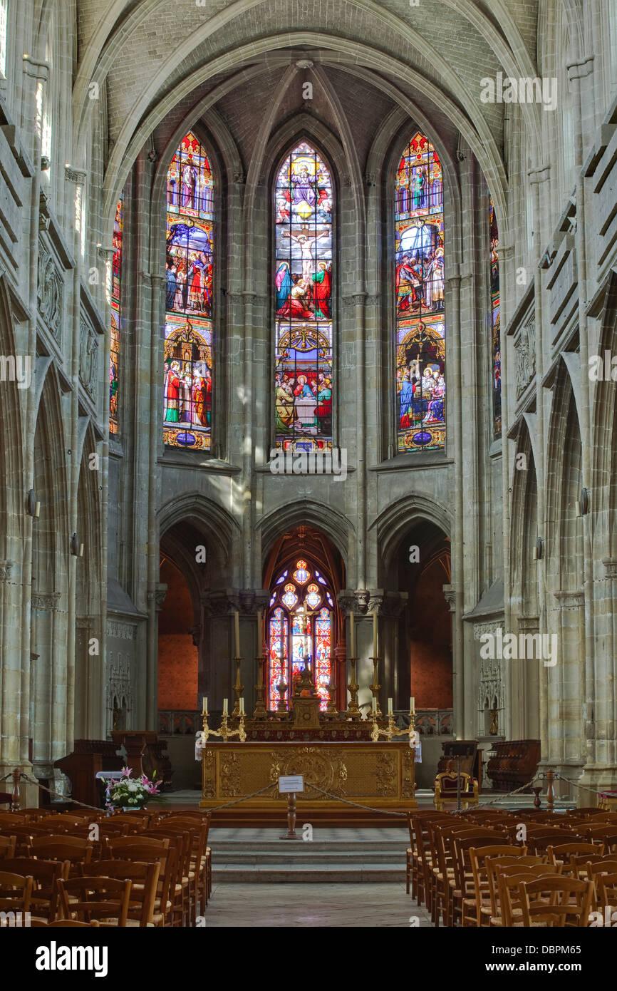 The nave of Saint Louis de Blois cathedral, Blois, Loir-et-Cher, Centre, France, Europe - Stock Image