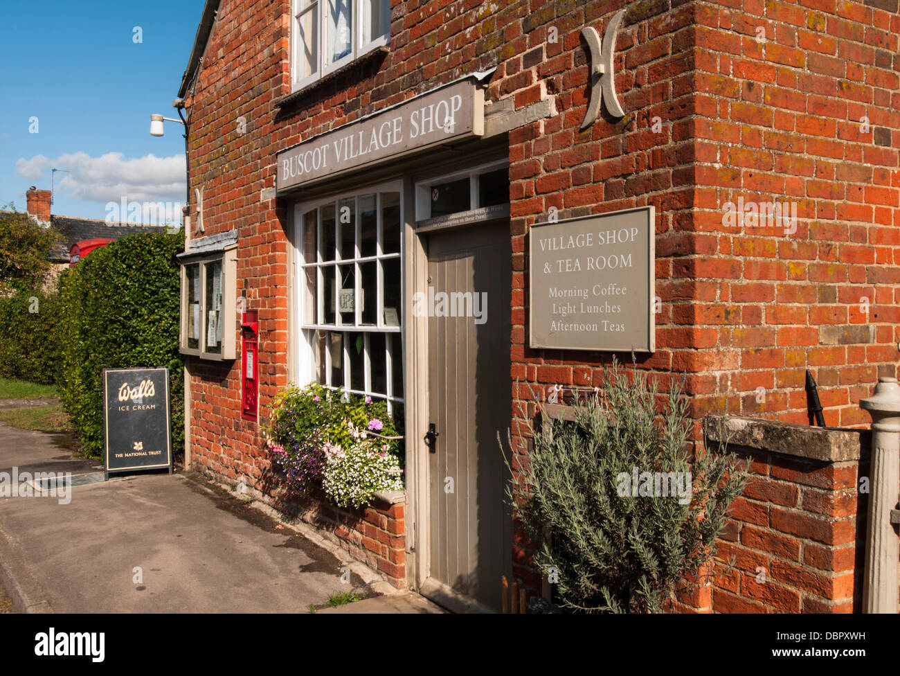 Village shop and tearoom in the National Trust estate village of Buscot on the River Thames near Faringdon, Oxfordshire, - Stock Image