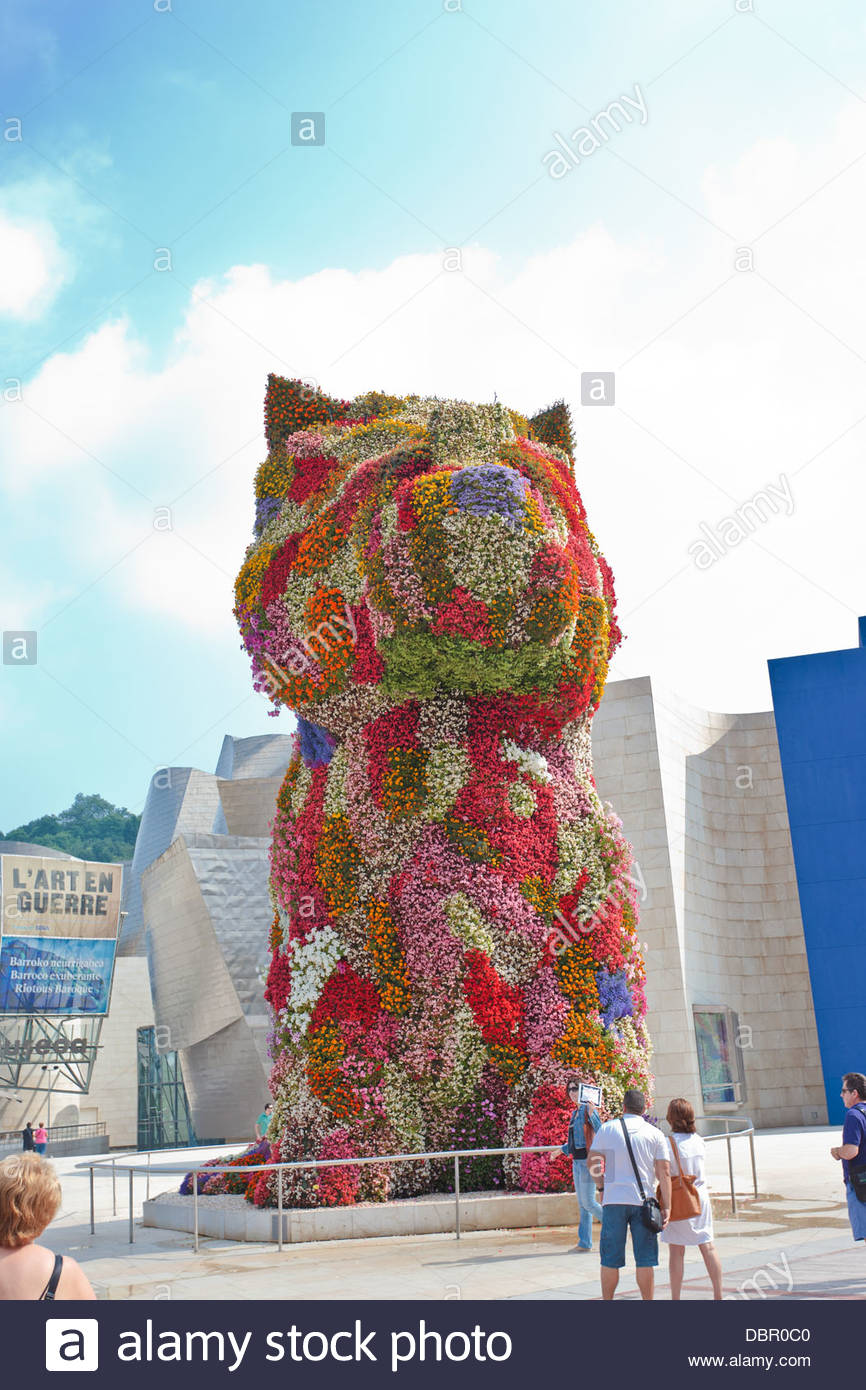 Dog Flowers Bilbao Stock Photos & Dog Flowers Bilbao Stock Images ...