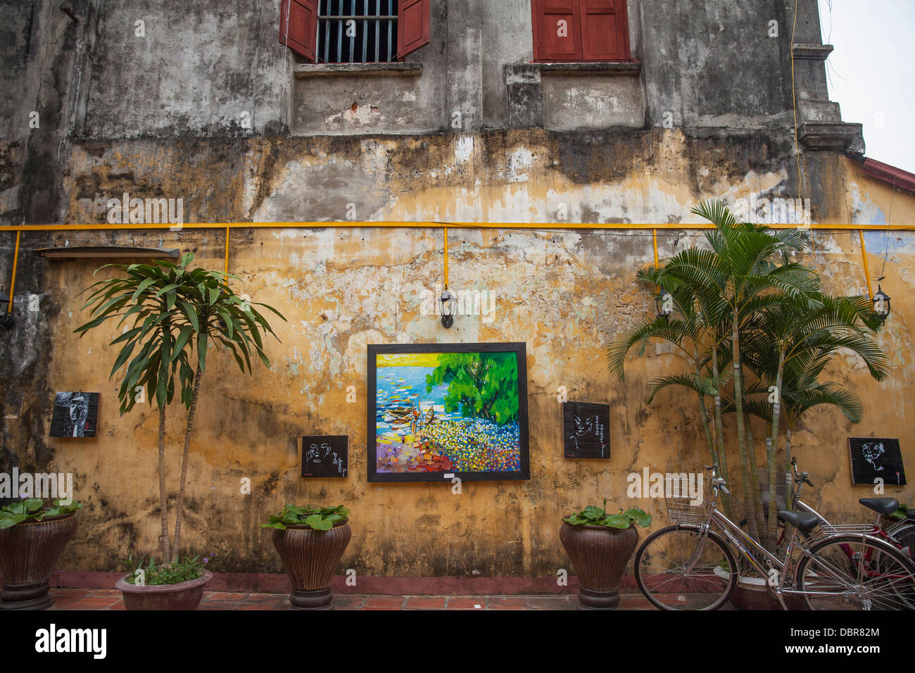 Courtyard of Hu Hoa Temple in Old Quarter, Hoi An, Vietnam, Southeast Asia - Stock Image