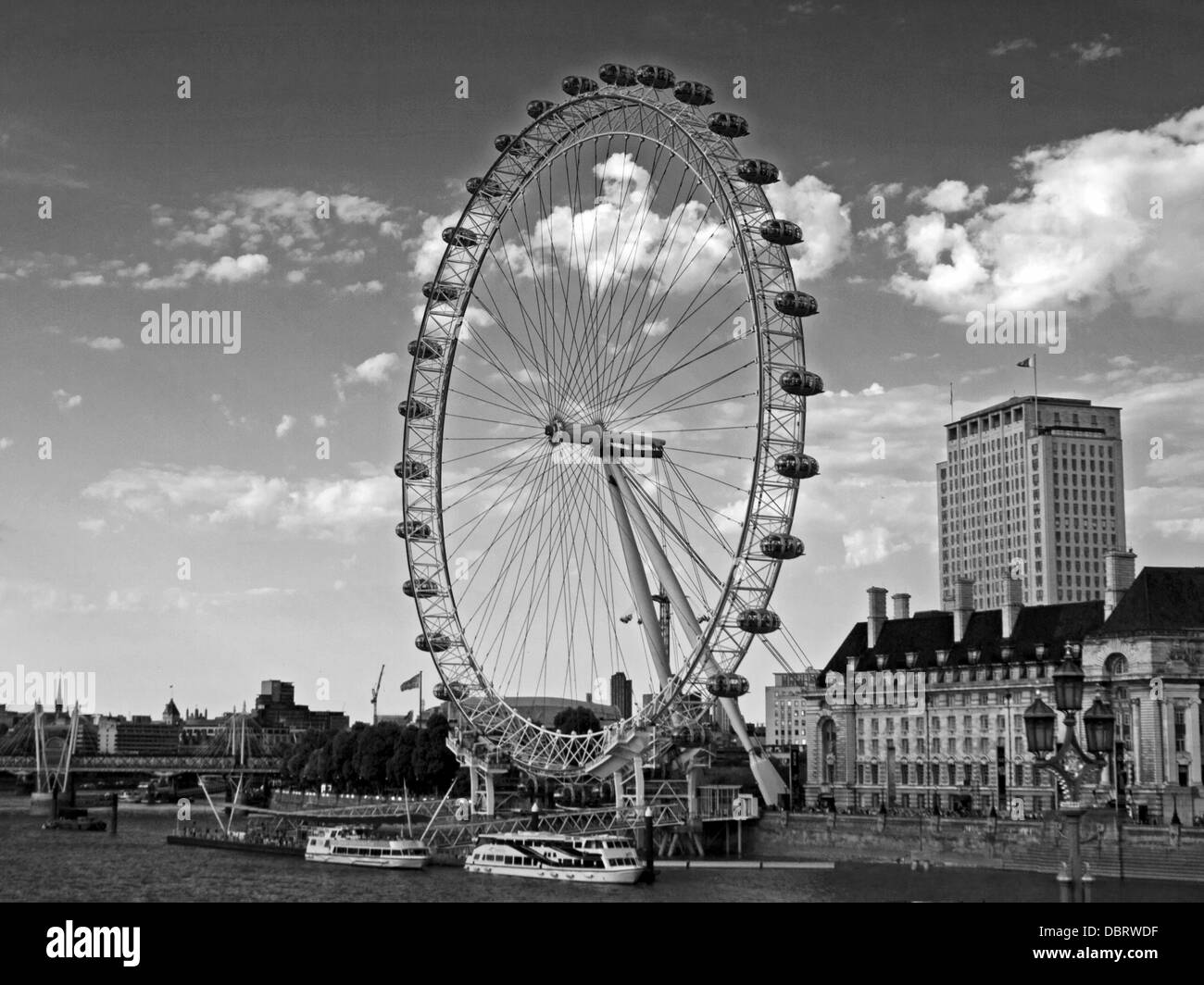View of the London Eye, located on the South Bank of the River Thames, London, England, United Kingdom - Stock Image