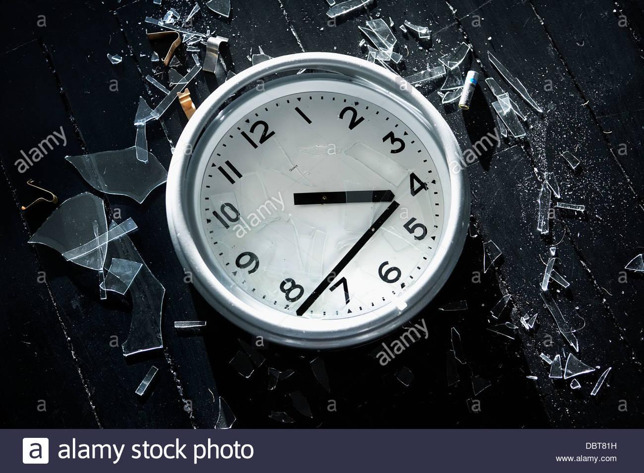 Close-up of broken clock - Stock Image