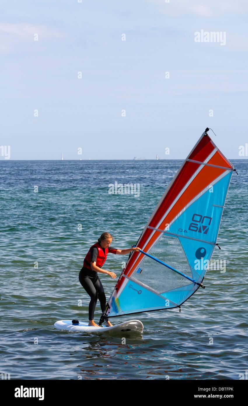 WonderHowTo - Wind Surfing — How to Wind Surf