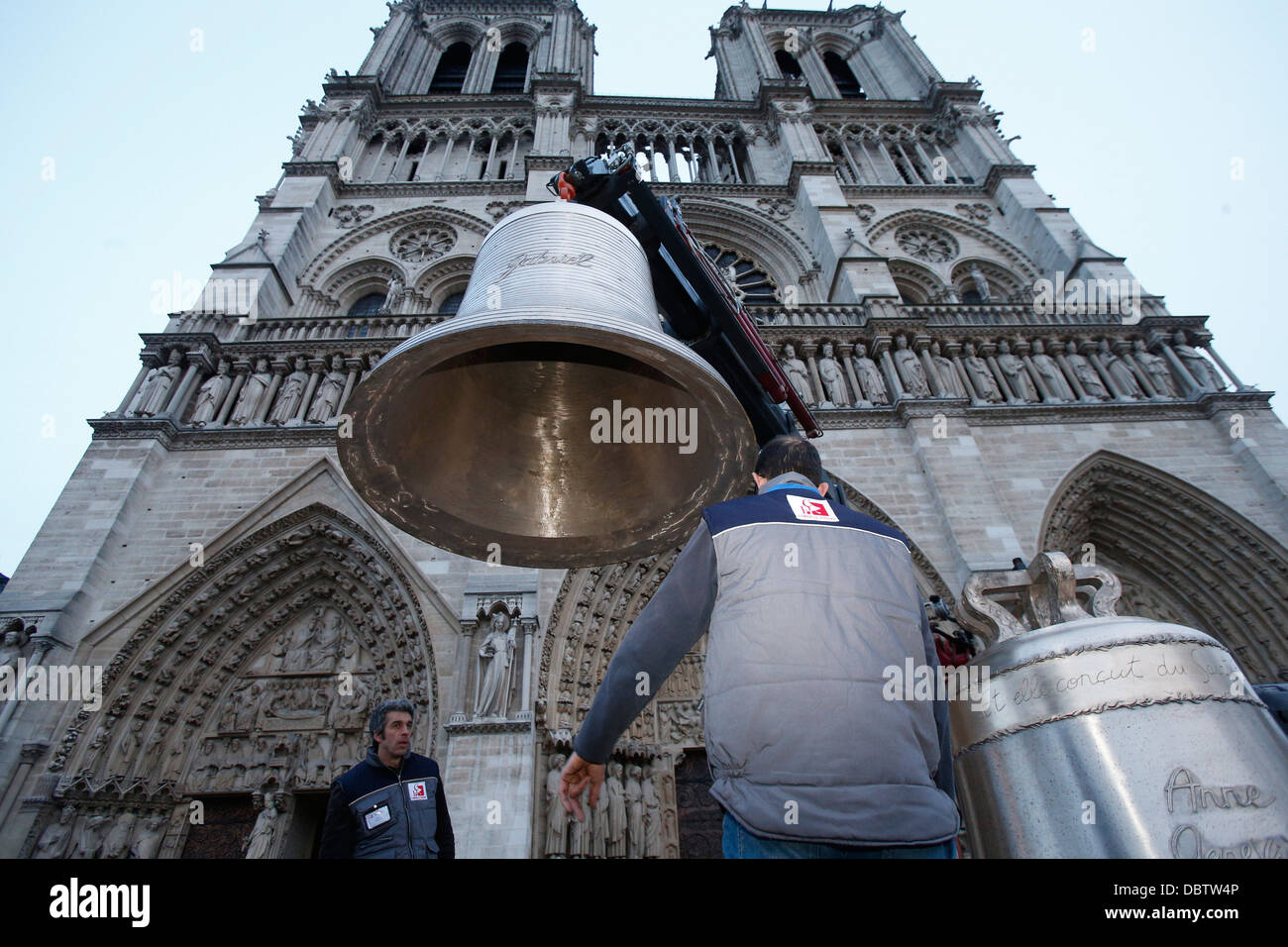Arrival of the new bell chime on the 850th anniversary, Notre-Dame de Paris, Paris, France, Europe Stock Photo
