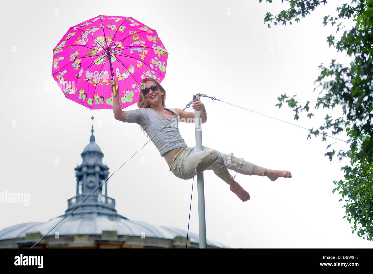 Edinburgh. UK. 5th August 2013. Laura Moy part of the circus group who perform Flown at Edinburgh's Underbelly - Stock Image