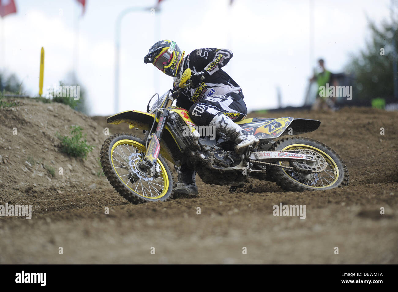 Loket, West Bohemia. 4th Aug, 2013. Motocross rider Clement Desale of Belgium on his way to first place in the race - Stock Image