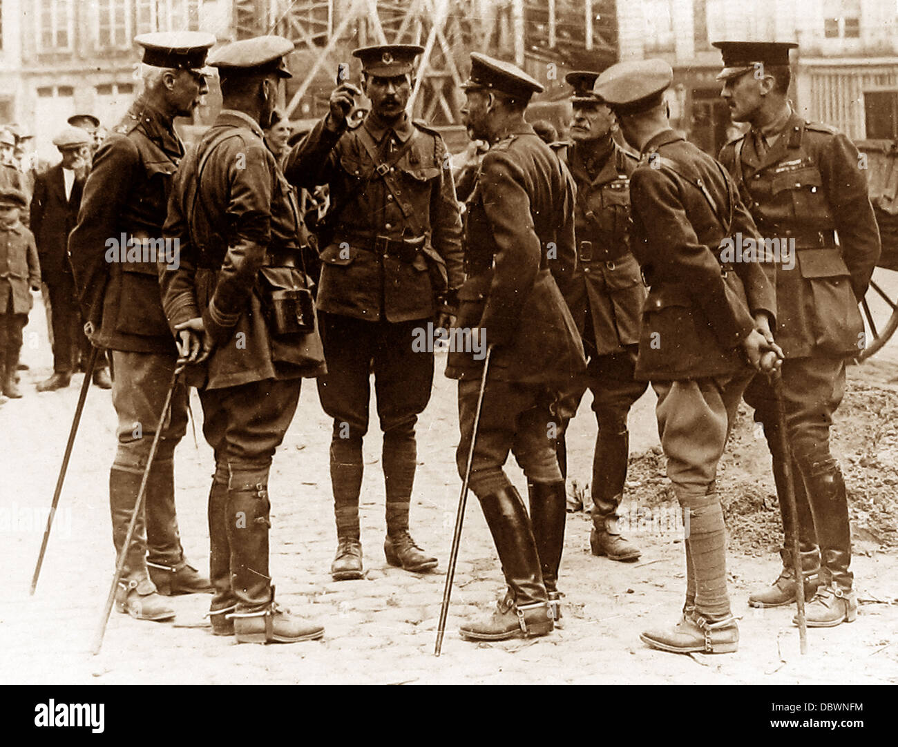 King and Prince of Wales visit France during WW1 - Stock Image