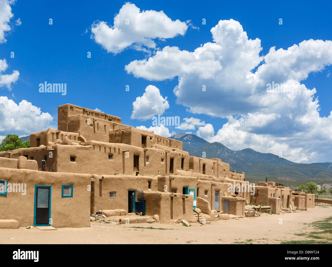 The Hlaauma (North House) native american dwellings in historic Taos Pueblo, Taos, New Mexico, USA - Stock Image