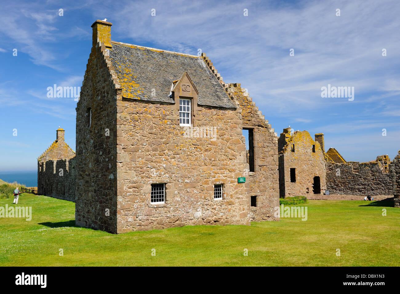 Dunnottar Castle near Stonehaven, Aberdeenshire, Scotland - Stock Image