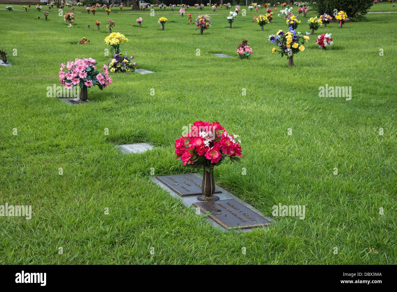 Cemetery Flowers Stock Photos Cemetery Flowers Stock Images Alamy