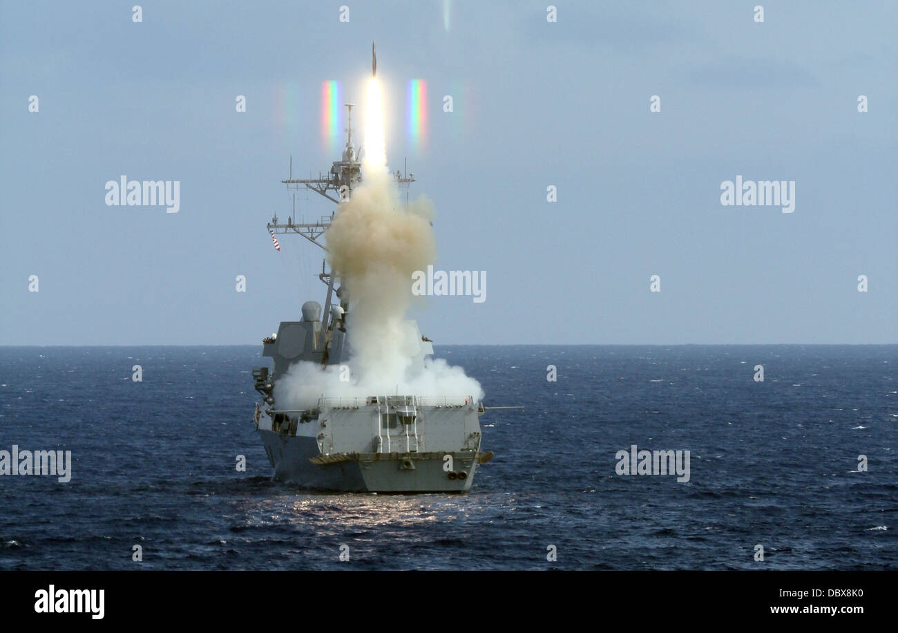 US Navy guided-missile destroyer USS Roosevelt launches a Standard Missile 2 during an exercise August 4, 2013 in - Stock Image
