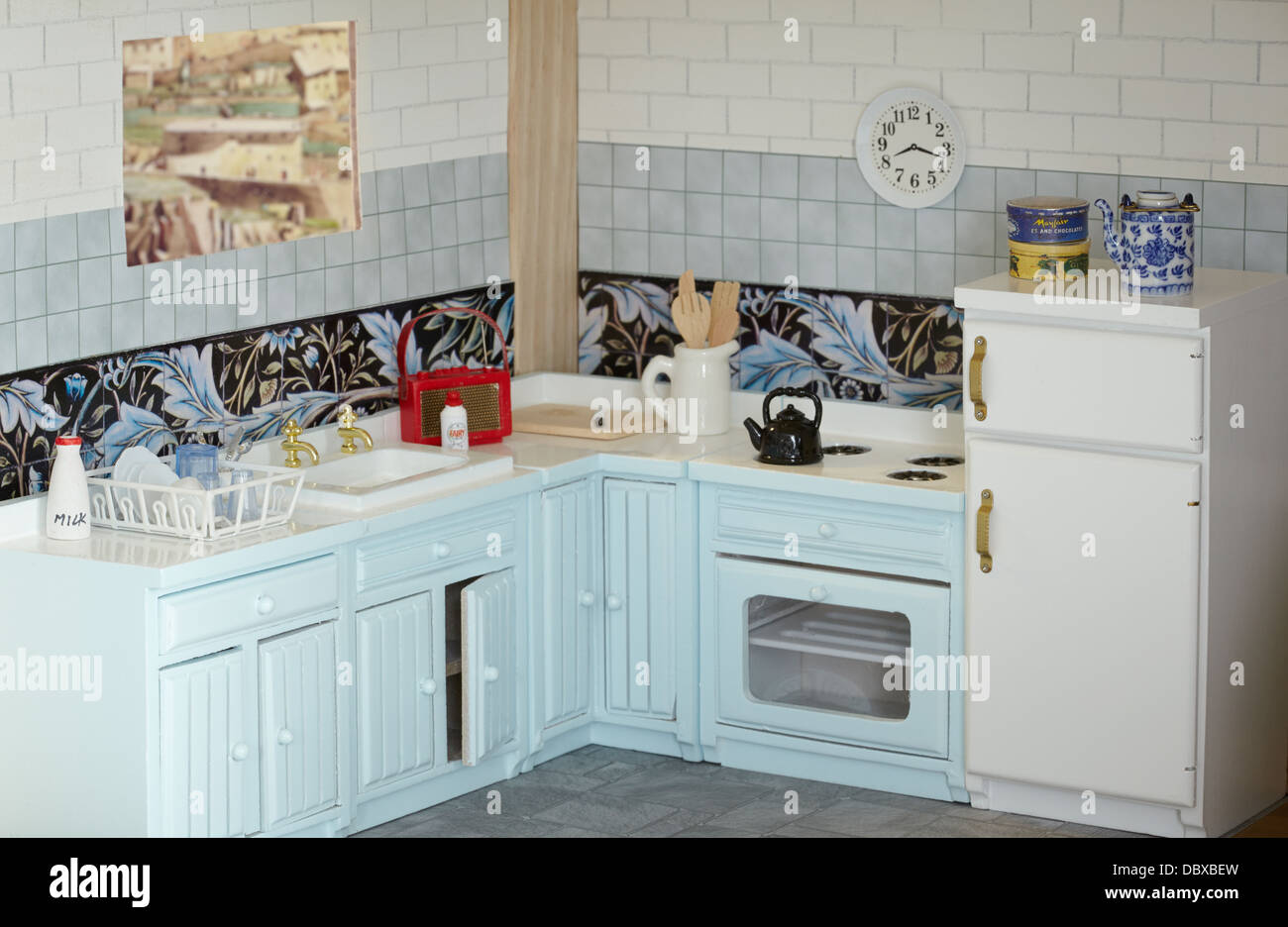 Dolls Kitchen Stock Photos & Dolls Kitchen Stock Images - Alamy