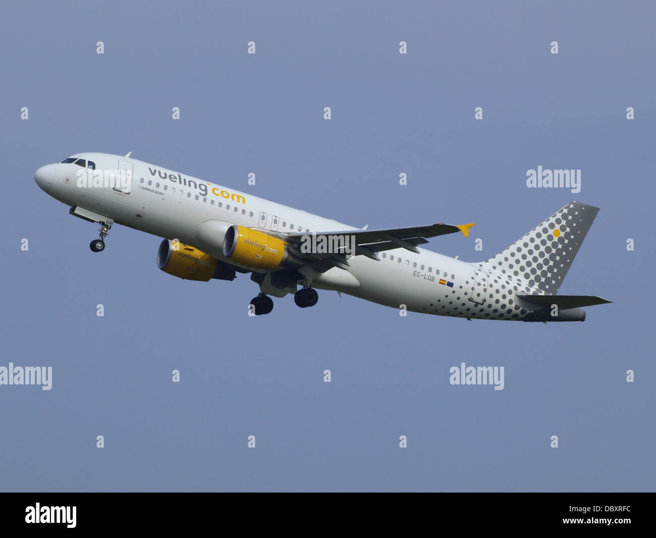 EC-LOB Vueling Airbus A320-214 - cn 4849 take-off 13july2013 1 - Stock Image