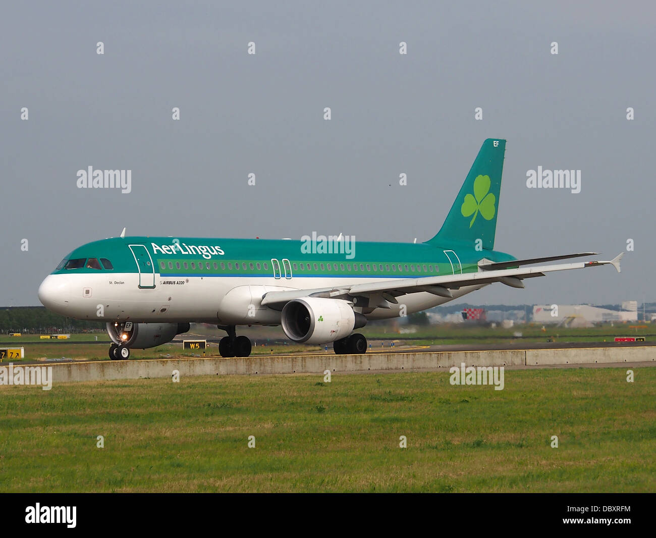 EI-DEF A320-214 Aer Lingus taxiing 13july2013 -001 - Stock Image