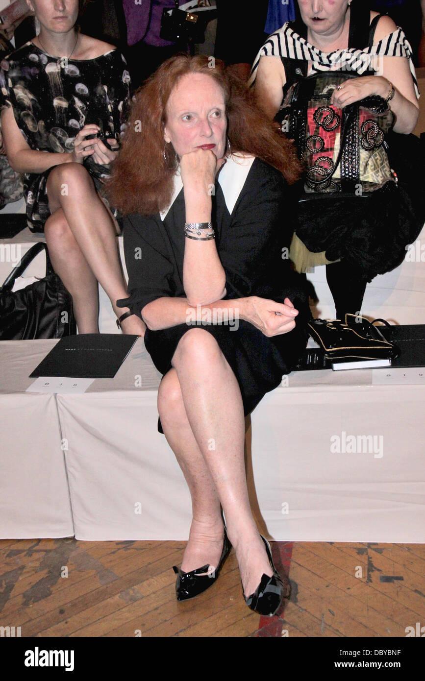 Grace Coddington New York Mercedes-Benz Fashion Week Spring 2012 - Marc Jacobs - Front Row New York City, USA - - Stock Image
