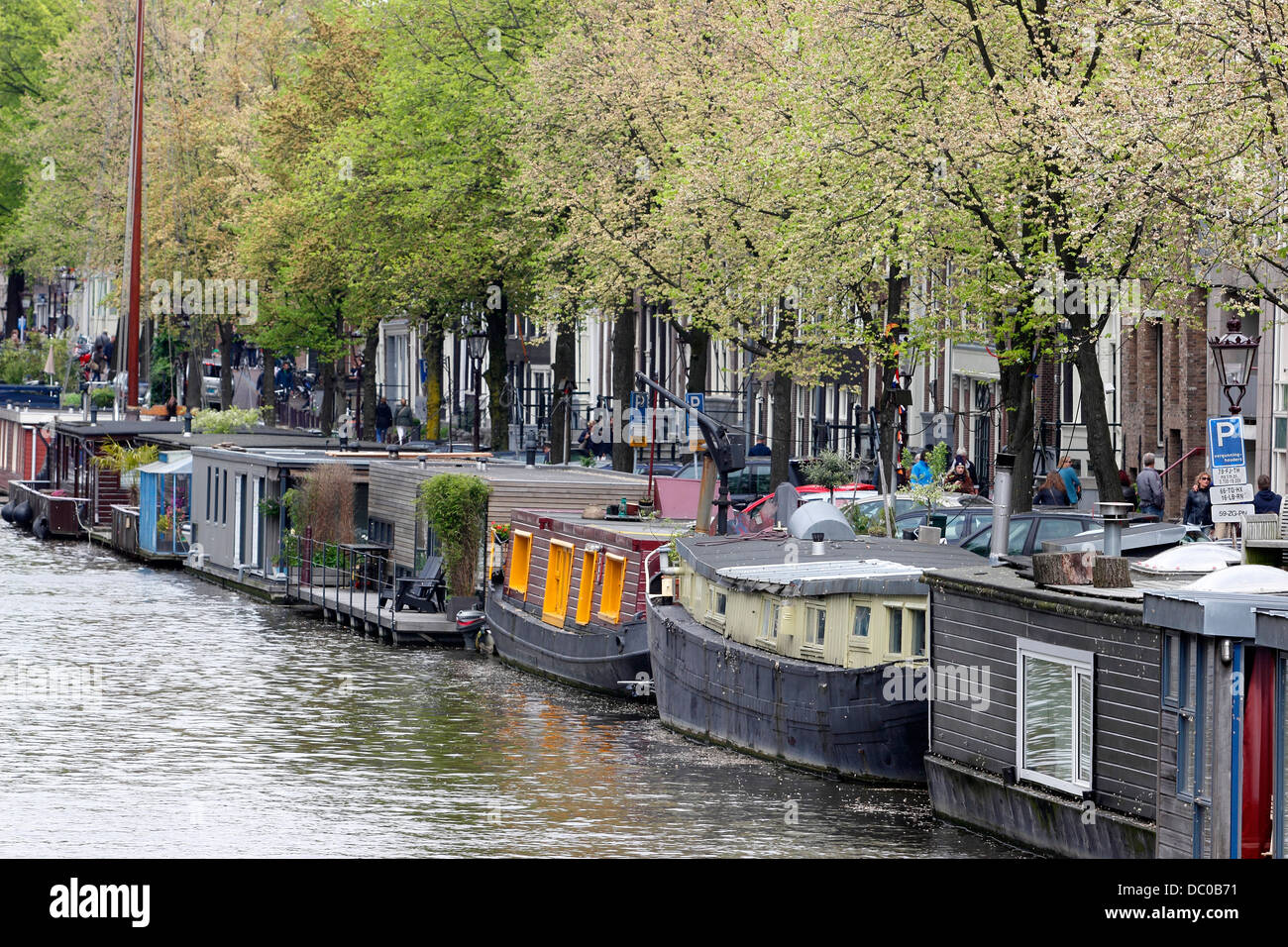 Amsterdam netherlands holland europe small boats for Houseboat amsterdam