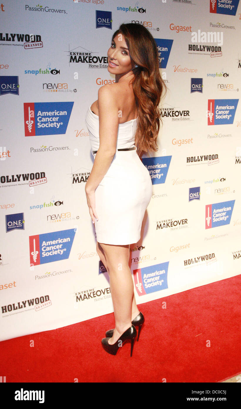 American Home Makeover melissa molinaro attends extreme makeover: home edition
